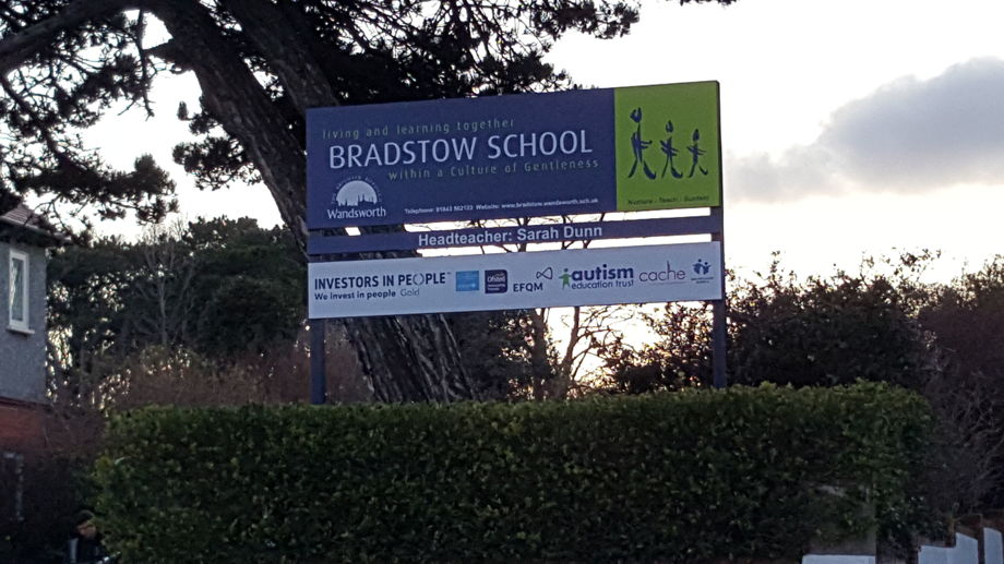 New school sign 30march2021